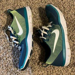 Nike• Free Train Versatility Sneakers